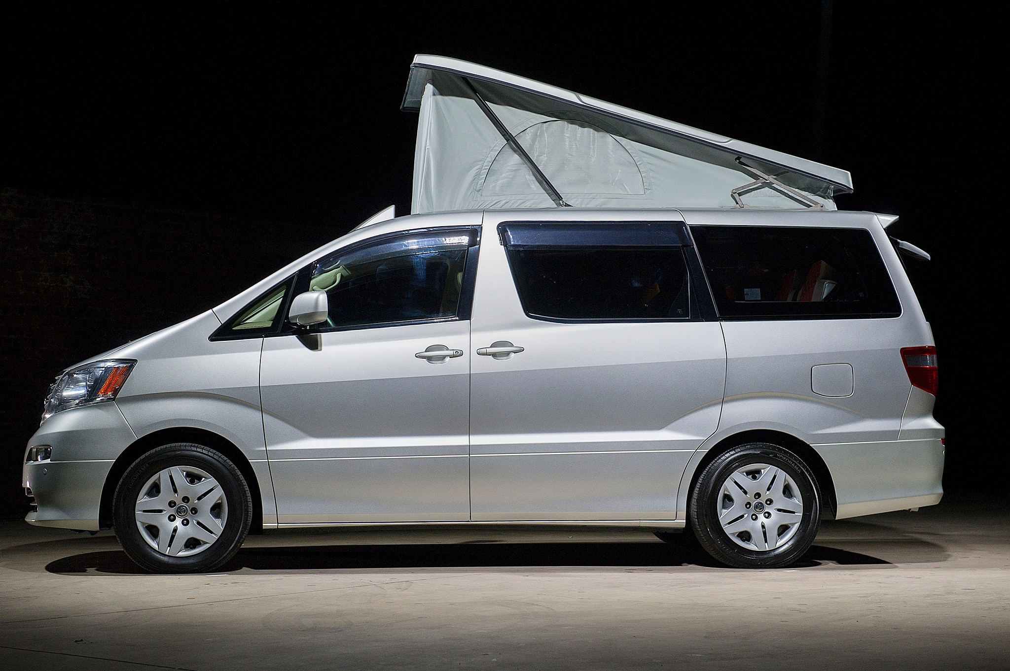 Alphard Silver Large